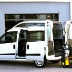 Random image: Fiat Nuovo Doblò - Pedana elettro idraulica posteriore