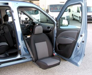 Fiat Nuovo Doblò - Sedile girevole estraibile