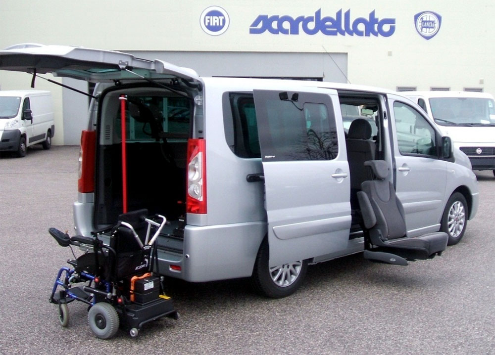 Fiat Scudo - Sedile girevole e gruetta carica carrozzina