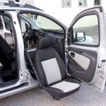 Random image: Fiat Qubo - Sedile anteriore girevole estraibile elettrico