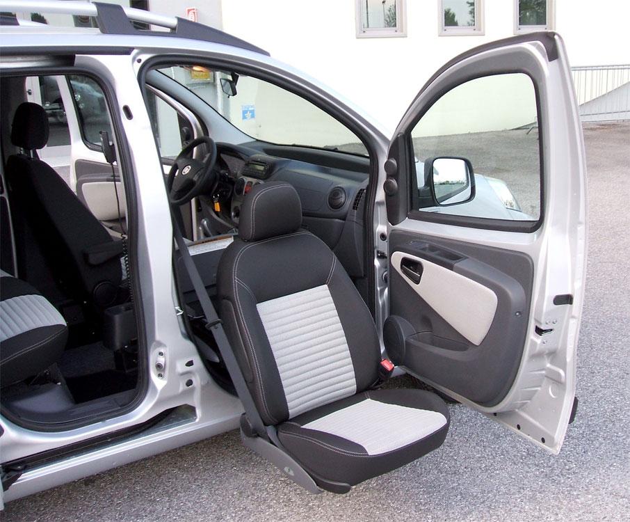 Fiat Qubo - Sedile anteriore girevole estraibile elettrico