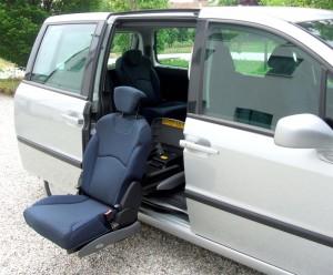 Fiat Ulysse - Sedile posteriore girevole estraibile elettrico