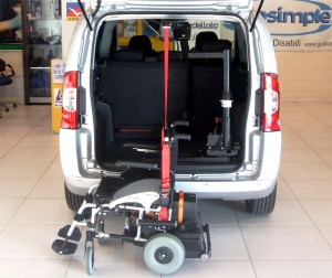 Fiat Qubo - Gruetta carica carrozzina