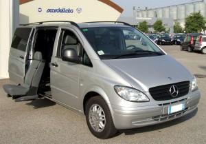 Mercedes Vito - Sedile posteriore girevole estraibile elettrico